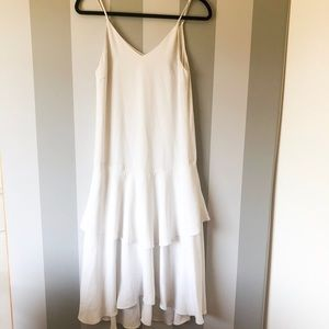 Keepsake White Ruffled Dress - E40